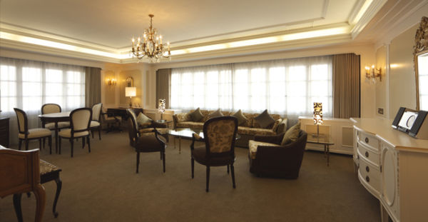 Royal Floor - Prince Suite Room - 102 m2