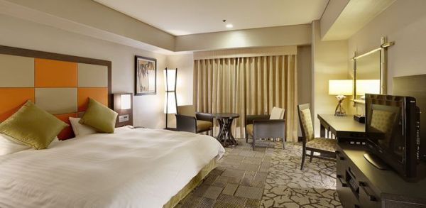 New Miyako Hotel Kyoto. Main Building Premium Floor, Large Double room