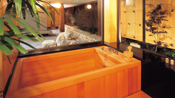 The HINOKI bath in the Japanese Suite