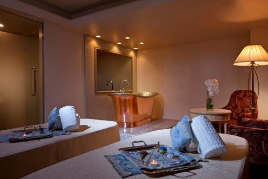 Le Spa Parisien Suite Room with French Copper Bath - The Westin Tokyo