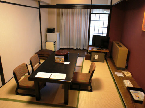 Japanese Style 7.5-tatami-mat Room East Wing
