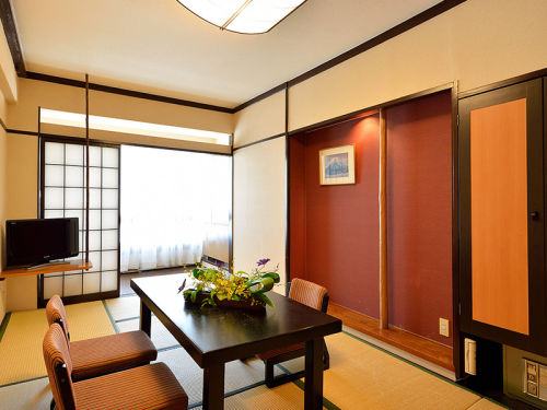 Japanese Style  9-tatami-mat Room East Wing