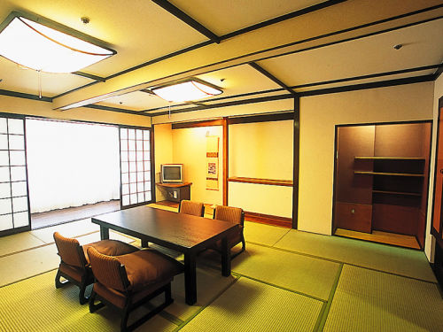 Japanese Style 15-tatami-mat Room East Wing