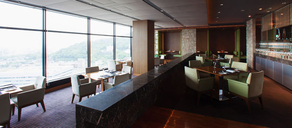 21F Sky Restaurant and Lounge L&R