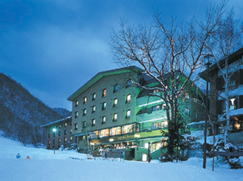 Hotel Shiga Sunvalley in winter.